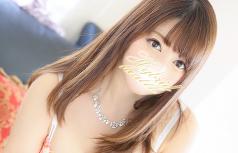 ゆいな yuina