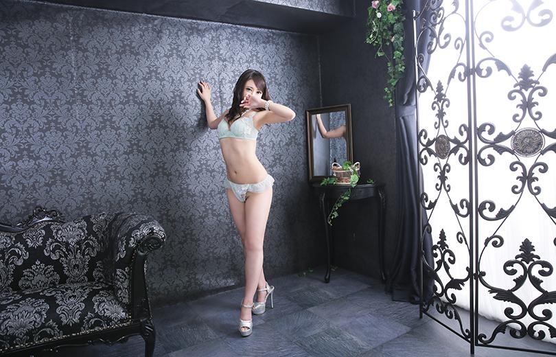 彩花-ayaka